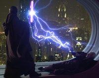 Mace Windu reflektiert Palpatines Sith-Blitze
