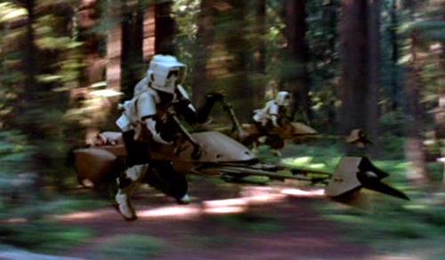 Scouttruppen auf Speederbikes