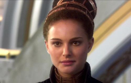 Senatorin Amidala, kurz vor Ausbruch der Klonkriege