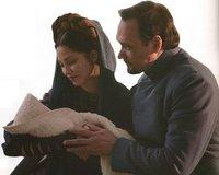 Leia und ihre Adoptiveltern Breha und Bail