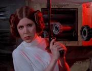 Leia mit einem Blaster