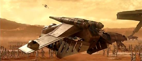 Ein LAAT/i-Kanonenboot landet in einem Aufmarschgebiet der GAR auf Geonosis