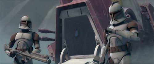 Bel und Niner bewachen das Angriffs-Shuttle