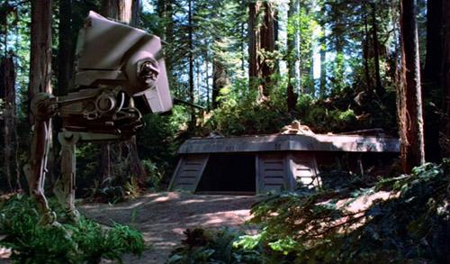 Der Hintereingang des Endor-Schildbunkers. Hier fand die Bodenschlacht um Endor statt.