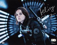 Offizielles Autogramm von Felicity Jones