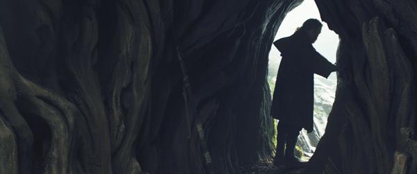 Luke in seiner Behausung oder dem Zugang zum Jedi-Tempel auf Ahch-To?