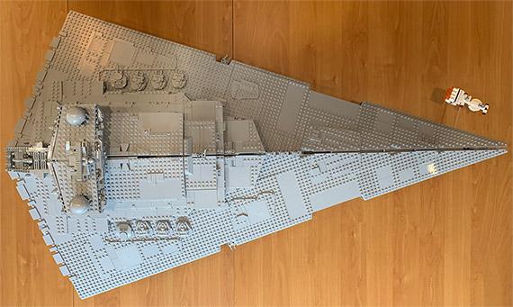 Imperialer Sternenzerstörer - Modell von oben